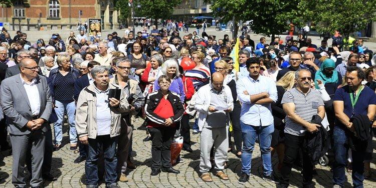 Almanya'da ırkçılık karşıtı protesto
